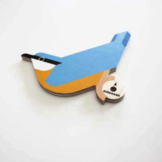 wooden nuthatch wallhook detail hinghang
